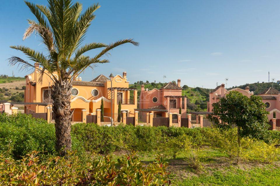Villa for sale in La Galera Park, Estepona