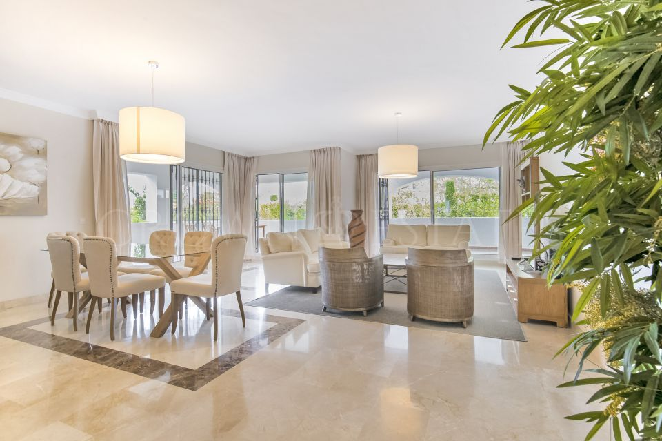 Ground Floor Apartment for sale in San Pedro Playa, San Pedro de Alcantara