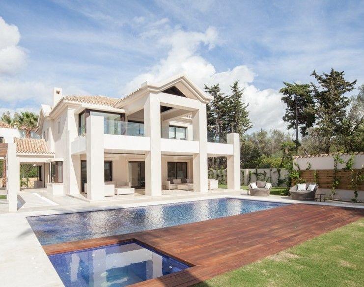 Villa for sale in Las Torres, Marbella Golden Mile