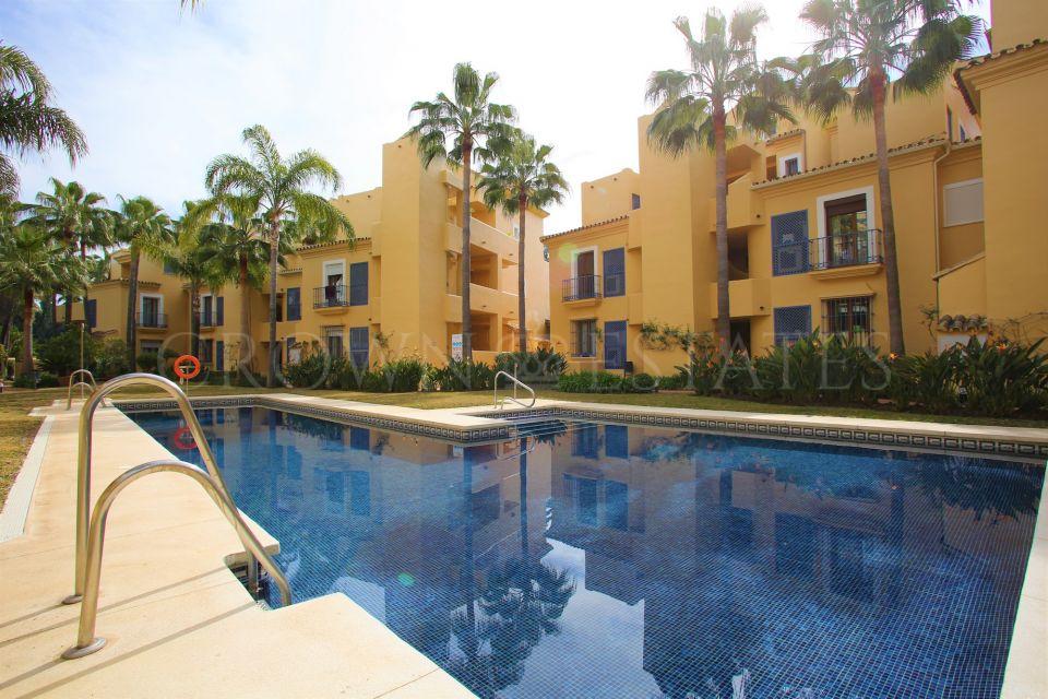 Duplex Penthouse for sale in Arroyo de las Piedras, Marbella Golden Mile