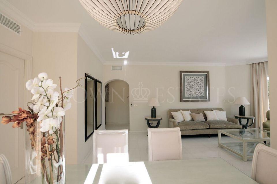 Penthouse for sale in Ancon Sierra, Marbella Golden Mile