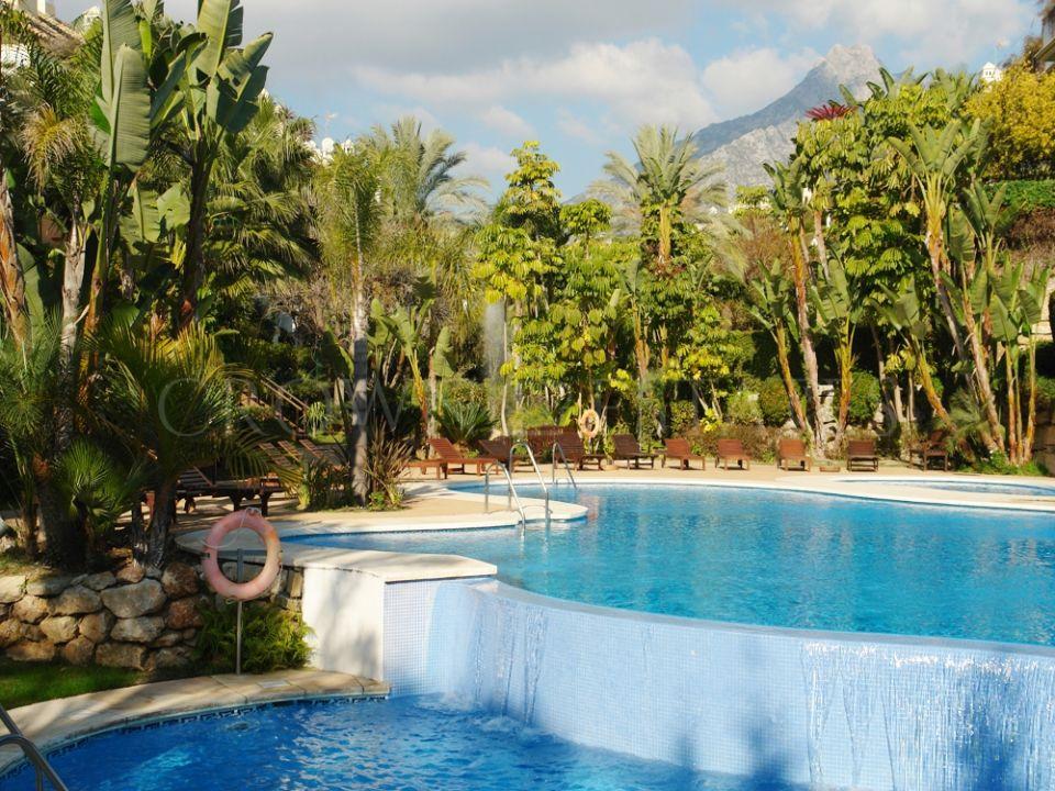 Ground Floor Apartment for sale in Lomas del Rey, Marbella Golden Mile