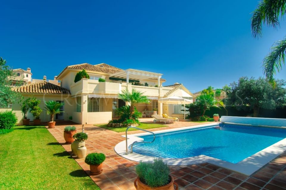 Villa for sale in Santa Maria, Marbella East