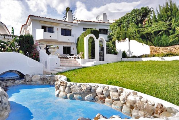 Town House for sale in Ancon Sierra, Marbella Golden Mile
