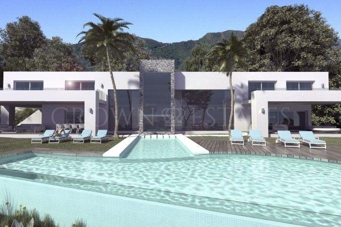Villa for sale in Los Altos de los Monteros, Marbella East
