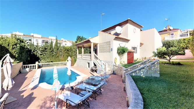 Villa for sale in Riviera del Sol, Mijas Costa