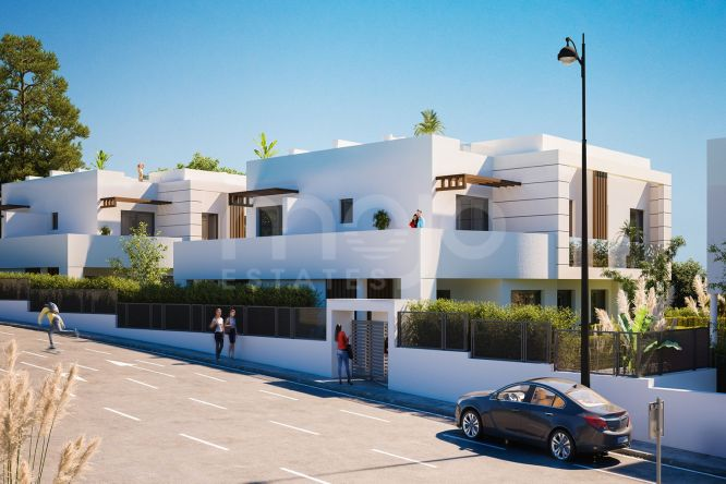STYLISH 3 BEDROOM CONTEMPORARY TOWNHOUSE, NEW GOLDEN MILE, ESTEPONA
