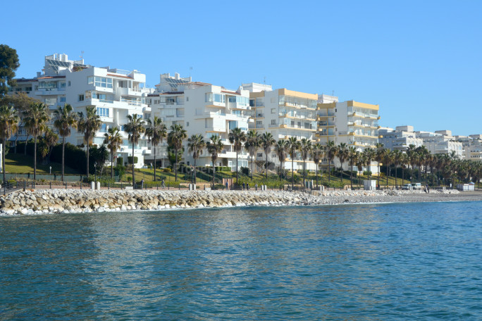 Marbella Town, Property On The Beach