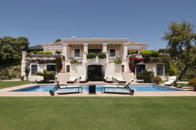 Villa in La Zagaleta with sea, golf and mountain views - Villa for sale in La Zagaleta, Benahavis