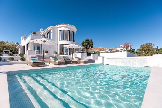 Nueva Andalucia, Tranquil Golf Villa