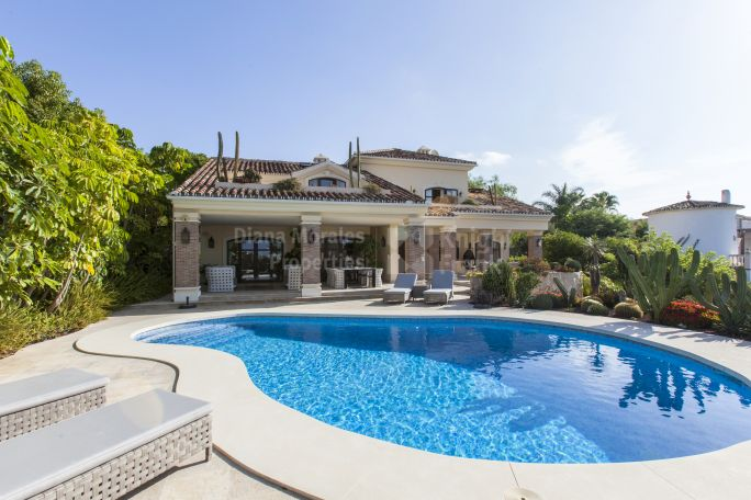 Marbella East, Amazing Villa With Sea Views