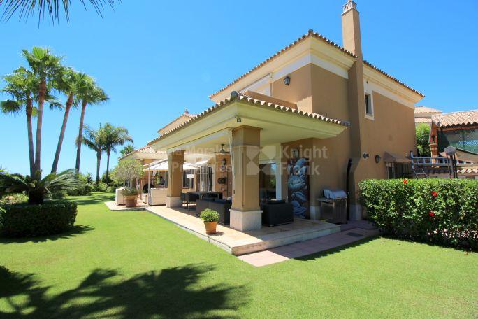 Villas y chalets de lujo en venta en marbella - Casa de lujo en marbella ...