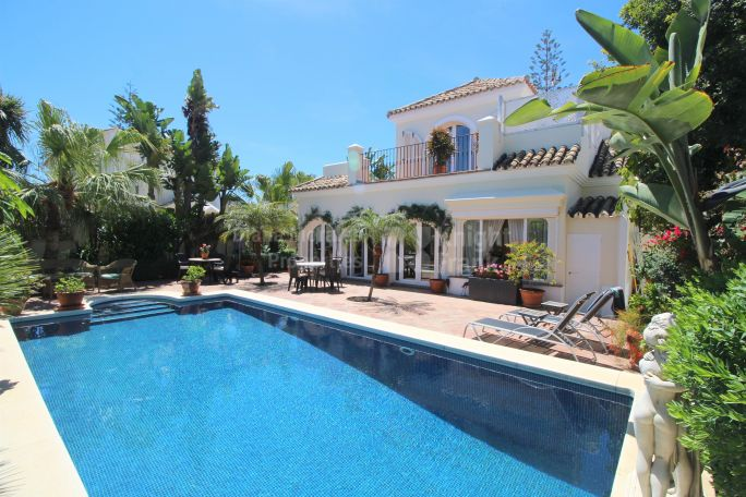 Marbella Golden Mile, Beachside Golden Mile Villa