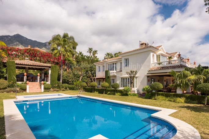 Six-bedroom Villa in Sierra Blanca - Villa for sale in Sierra Blanca, Marbella Golden Mile