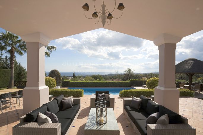 Marbella Golden Mile, Villa with exquisite design in exclusive neighbourhood