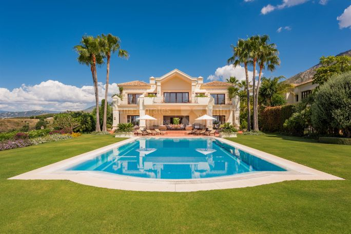 Marbella Golden Mile, Imposing Hilltop Mansion