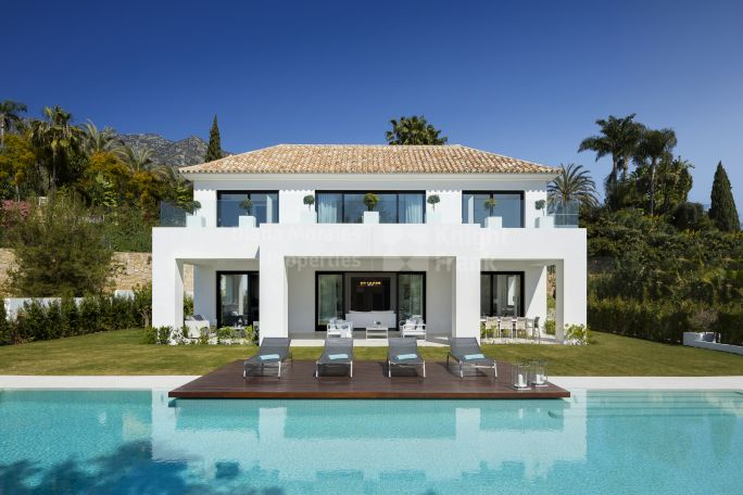 Marbella Golden Mile, Fantastic Villa In Prime Location