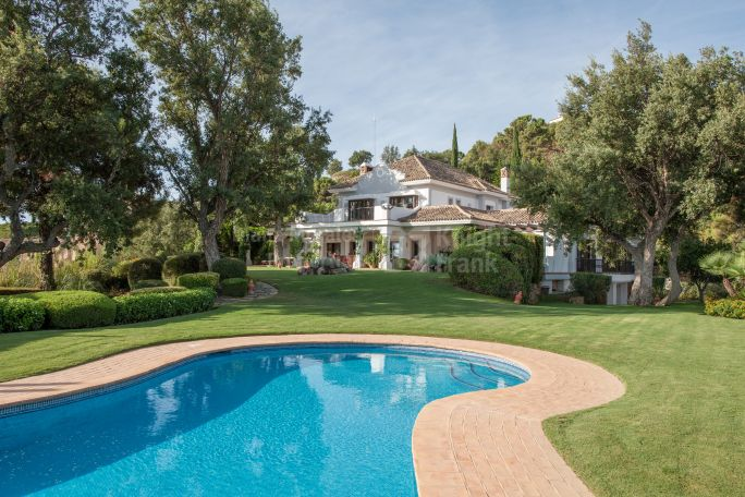 Benahavis, Magnificent Family Home in Exclusive Estate