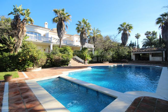 Marbella Golden Mile, Charming family home in exclusive neighbourhood