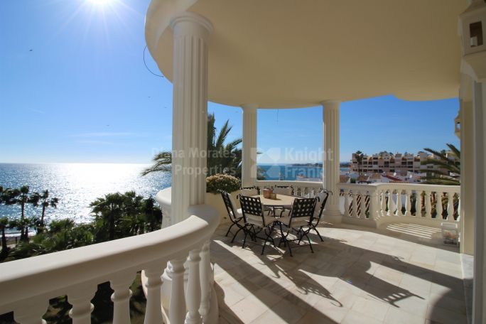 Estepona, Beach Front Apartment
