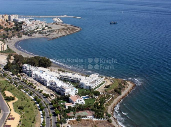 Modern Penthouse in Beachfront Development - Penthouse for sale in Estepona Playa, Estepona