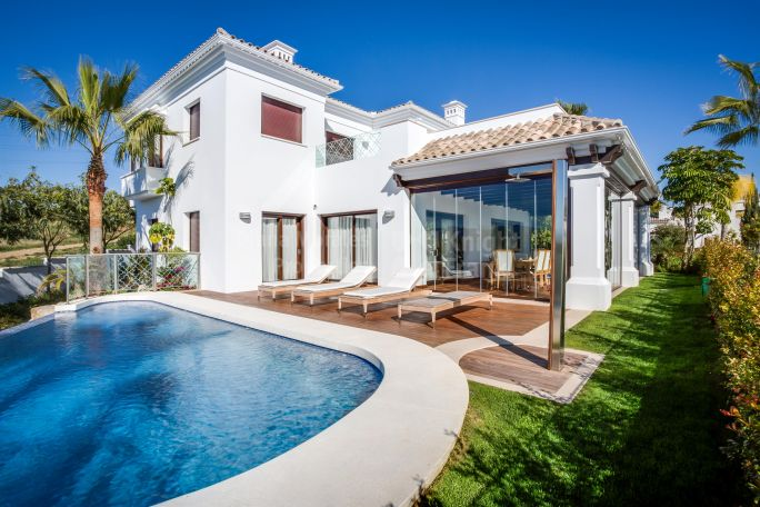 Marbella Golden Mile, South facing villa in the Golden Mile