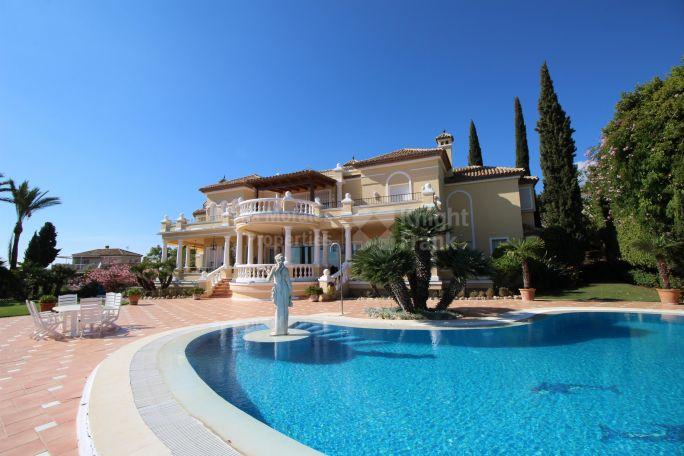 Villas y chalets de lujo en venta en marbella - Casas de lujo en marbella ...