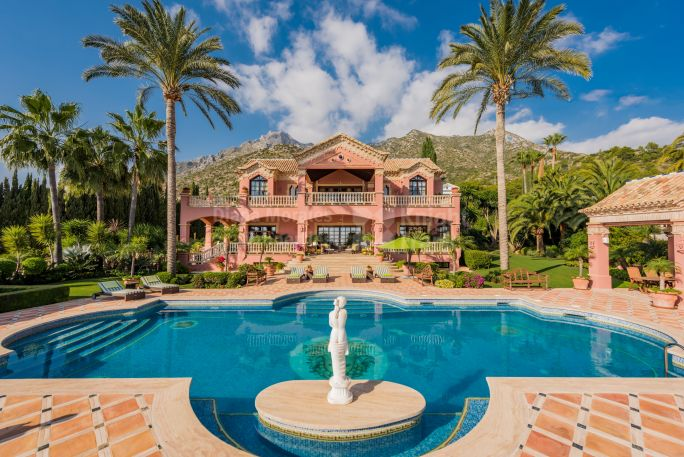 Marbella Golden Mile, Imposing Mansion in Sierra Blanca