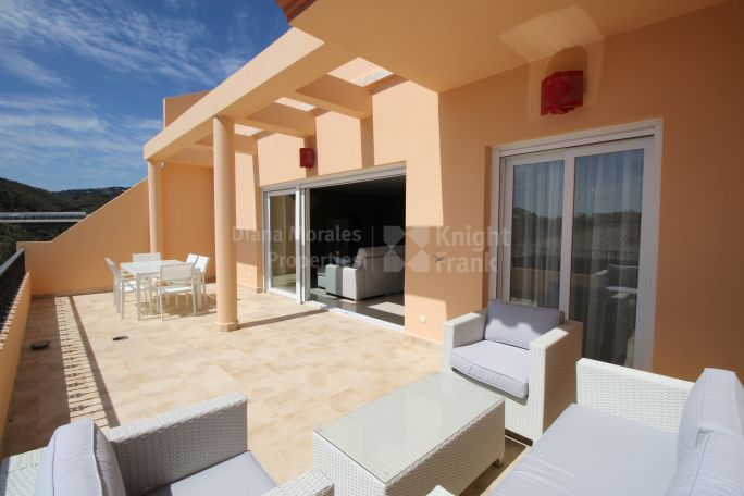 Nueva Andalucia, 3-bedroom Apartment for Sale Ready to Move in