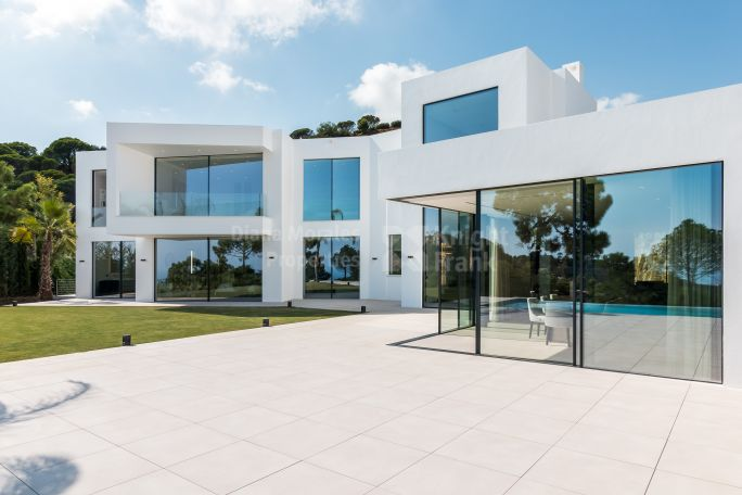 Benahavis, New Ultra Contemporary South Facing Villa El Madroñal