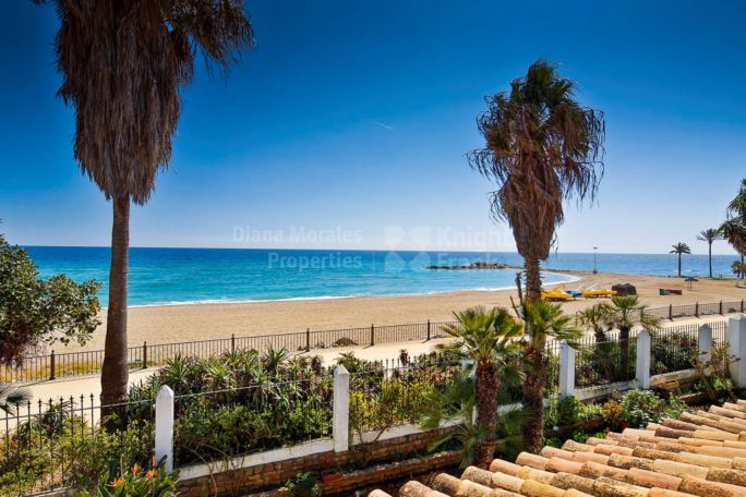 Marbella Golden Mile, Water front Bungalow