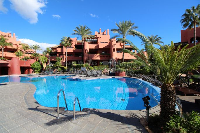 Estepona, Duplex Penthouse in First Line Beach Complex