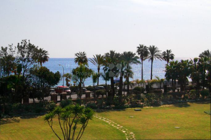San Pedro de Alcantara, Duplex Penthouse with Sea Views
