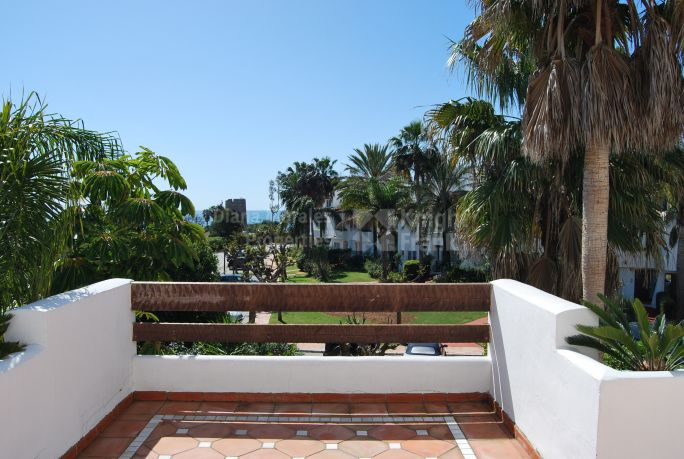 Estepona, Steps from the Beach