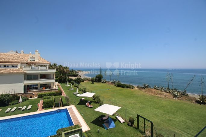 Estepona, Luxury Apartment in Front Line Beach Development