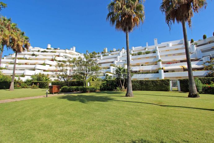Beachside apartment Marbella - Parque del Sol Guadalmina Baja