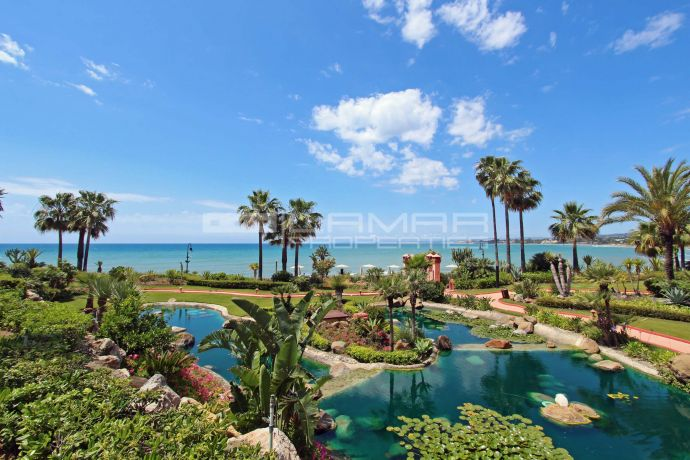 Beachside penthouse Cabo Bermejo - Marbella New Golden Mile