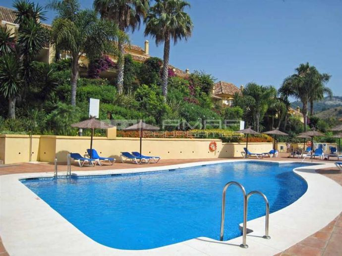 Townhouse Rio Real Golf for sale - Los Monteros Marbella
