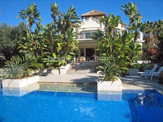Villa Las Chapas at 50m from the beach - El Rosario Marbella