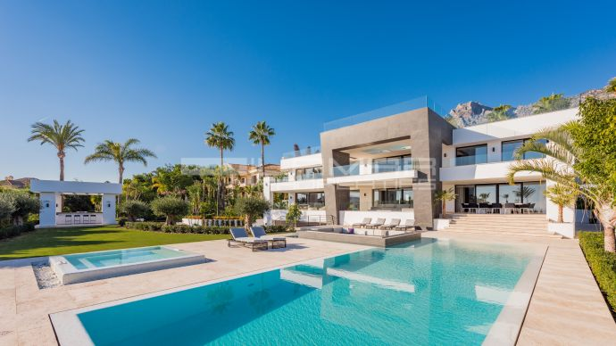 Stunning contemporary villa on Marbella's Golden Mile