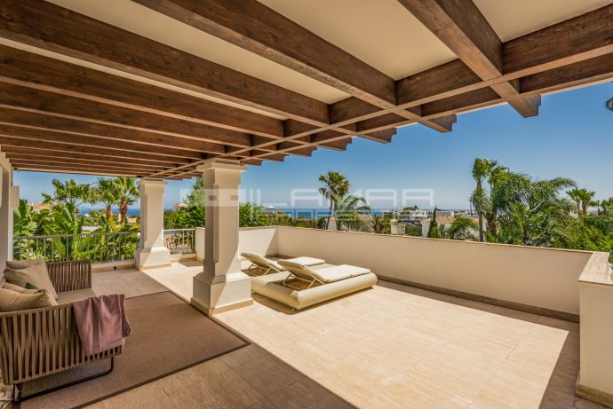 Villa in gated community in Marbella's Golden Mile