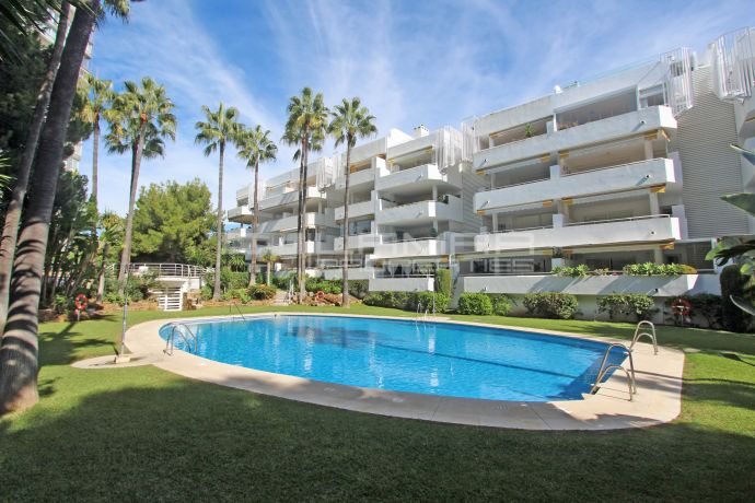 Apartment for rent in Rio Real Golf - Marbella
