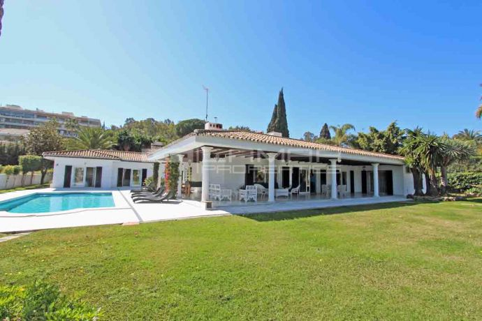 Villa for rent in Marbella Golf Valley