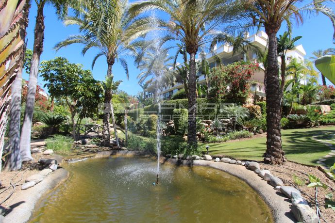 Garden apartment on Marbella's Golden Mile