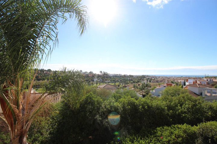 Estepona, TRULY STUNNING MODERN HOME FOR SALE