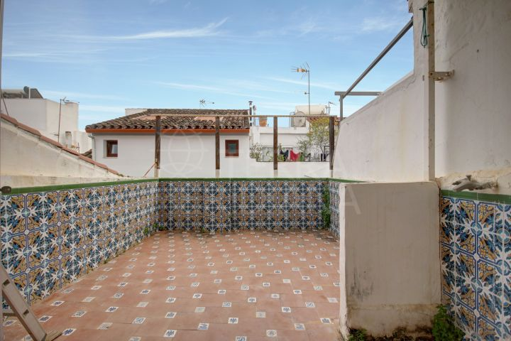 Charming and well-priced 2 bedroom townhouse for reform available for sale in Estepona Old Town