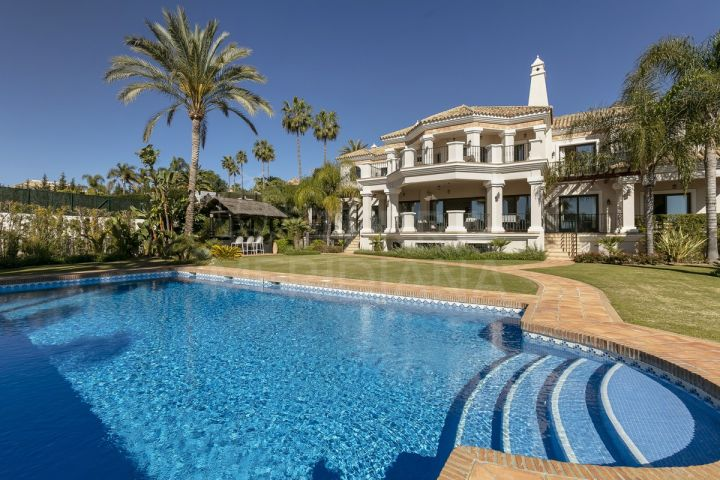 Fabulous 6 bedroom luxury villa with sea views for sale in Sierra Blanca, Marbella