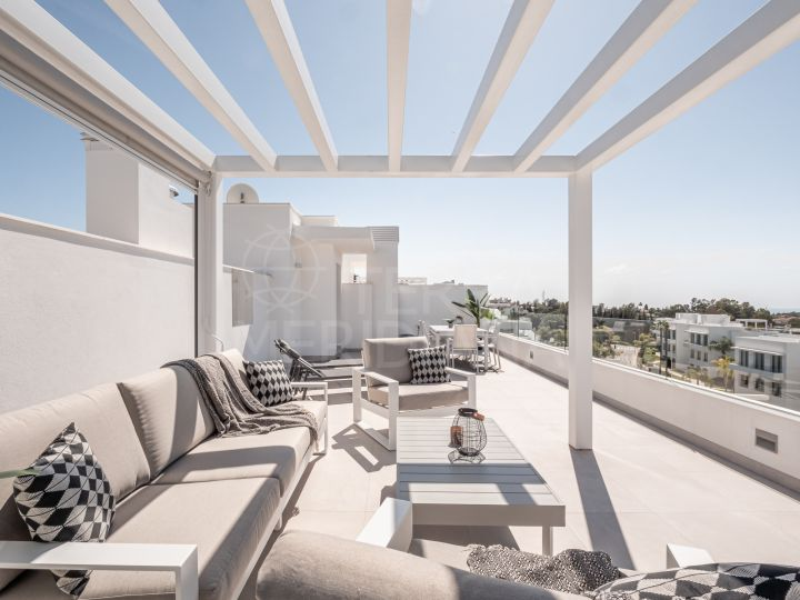 Fabulous brand new contemporary style duplex penthouse for sale in Cataleya, Estepona