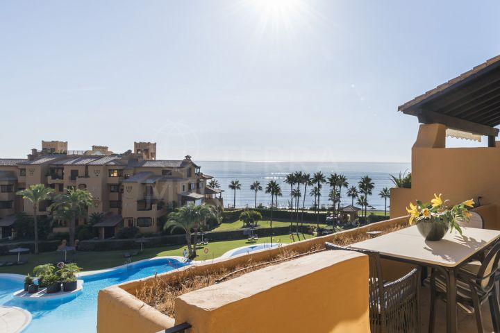 Upscale beachfront apartment for sale in Los Granados del Mar, Estepona