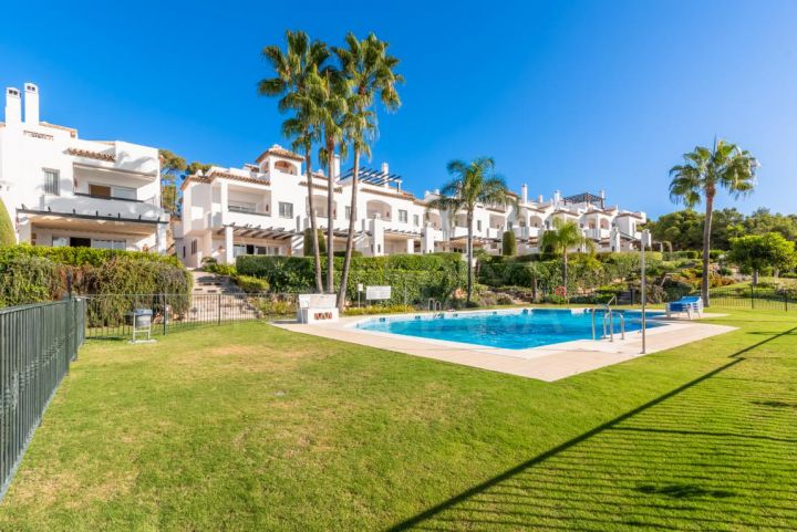 Bright townhouse for sale in Last Green, Nueva Andalucia, Marbella